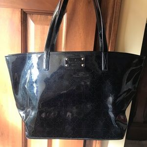 Kate Spade shoulder bag.